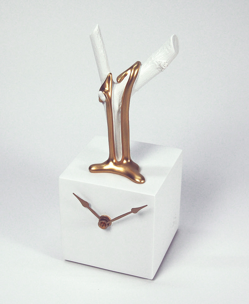 BRANCH CUBE CLOCK