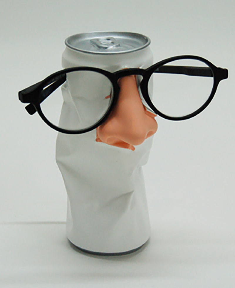 TIN NOSE GLASS HOLDER Glasses holder tabletop. Crushed can with a nose. Antartidee