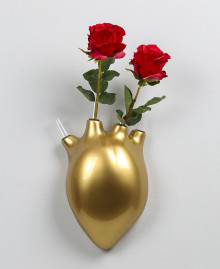 HEARTBEATS VASE, Wall vase in the shape of a human heart. Antartidee