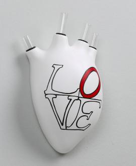 HEARTBEATS VASE LOVE