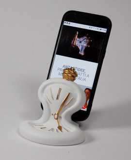 CLOCK PHONE HOLDER