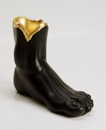 VASE FOOT. Foot vase. Hand painted resin. Handmade, Made in Italy. Antartidee